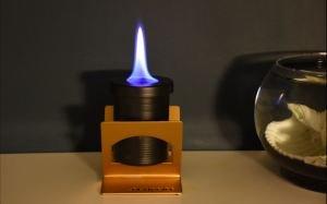 Line flame masaüstü şömine modeli